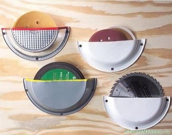 Джобове за съхранение на дискове за рязане, изработени от плочи за еднократна употреба