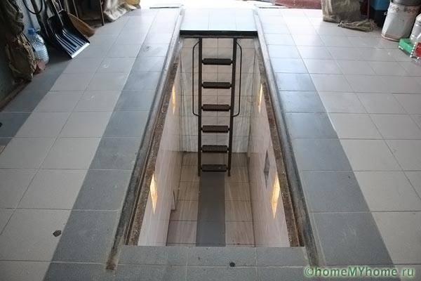 Инспекционна яма в гаража