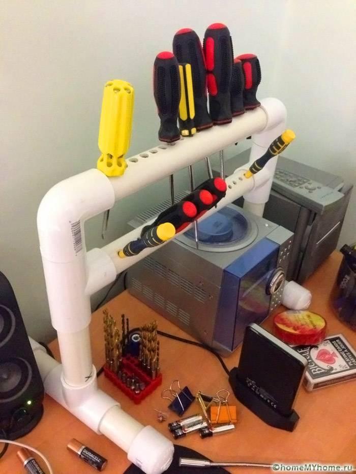 Интересен шкаф за съхранение на отвертки от PVC тръба