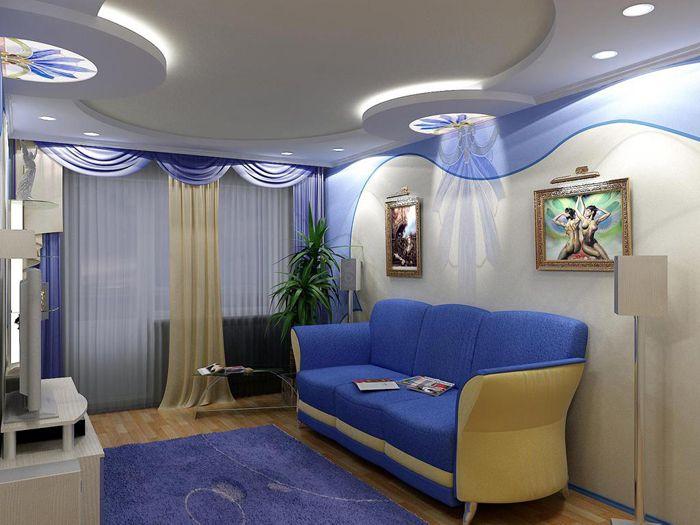 Многостепенните тавани могат да скрият тръби, фитинги и просто да отвличат вниманието от несъвършенствата на помещенията