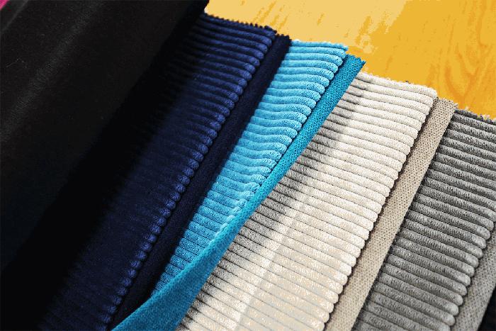 Мебелният рипсено платно е напълно синтетичен или комбиниран плат с висок процент полиестер в състава си, характеризиращ се с висока механична устойчивост